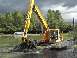 Очистка прудов в Санкт-Петербурге