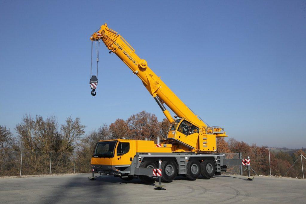 Автокран LIEBHERR LTM 1090, 90т