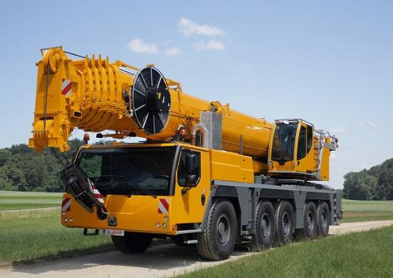 Автокран Liebherr LTM 1160-5.1 грузоподъёмностью 160 тонн